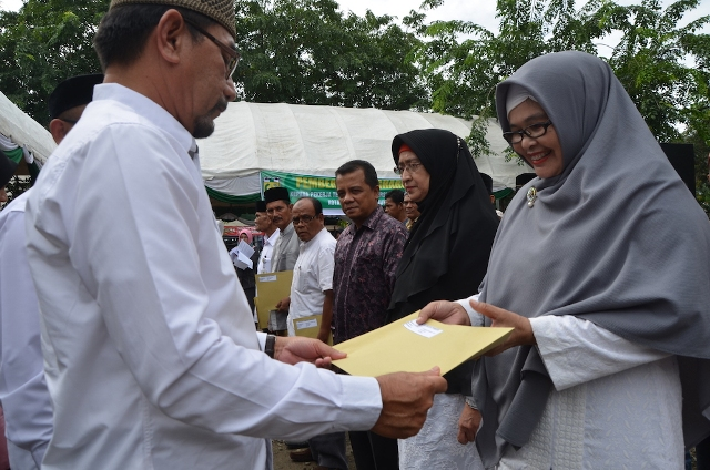 DK3 Banda Aceh Berikan Reward Bagi 16 Pahlawan Kebersihan