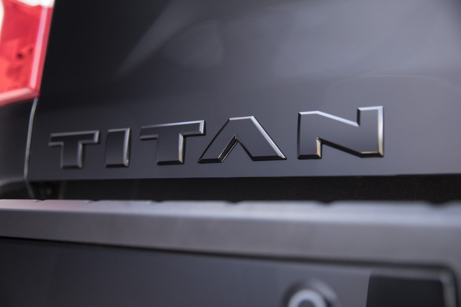 Nissan Frontier Diesel >> Nissan Introduces Midnight Editions Of The Frontier, Titan ...