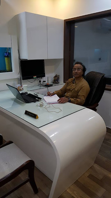 Dr. Sanjay Jain, A Practicing Cosmetic Dermatologist in Agra