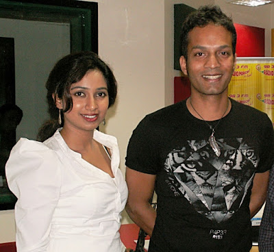 shreya-ghoshal-first-time-sings-opera-in-earth-voice-by-abhishek-ray