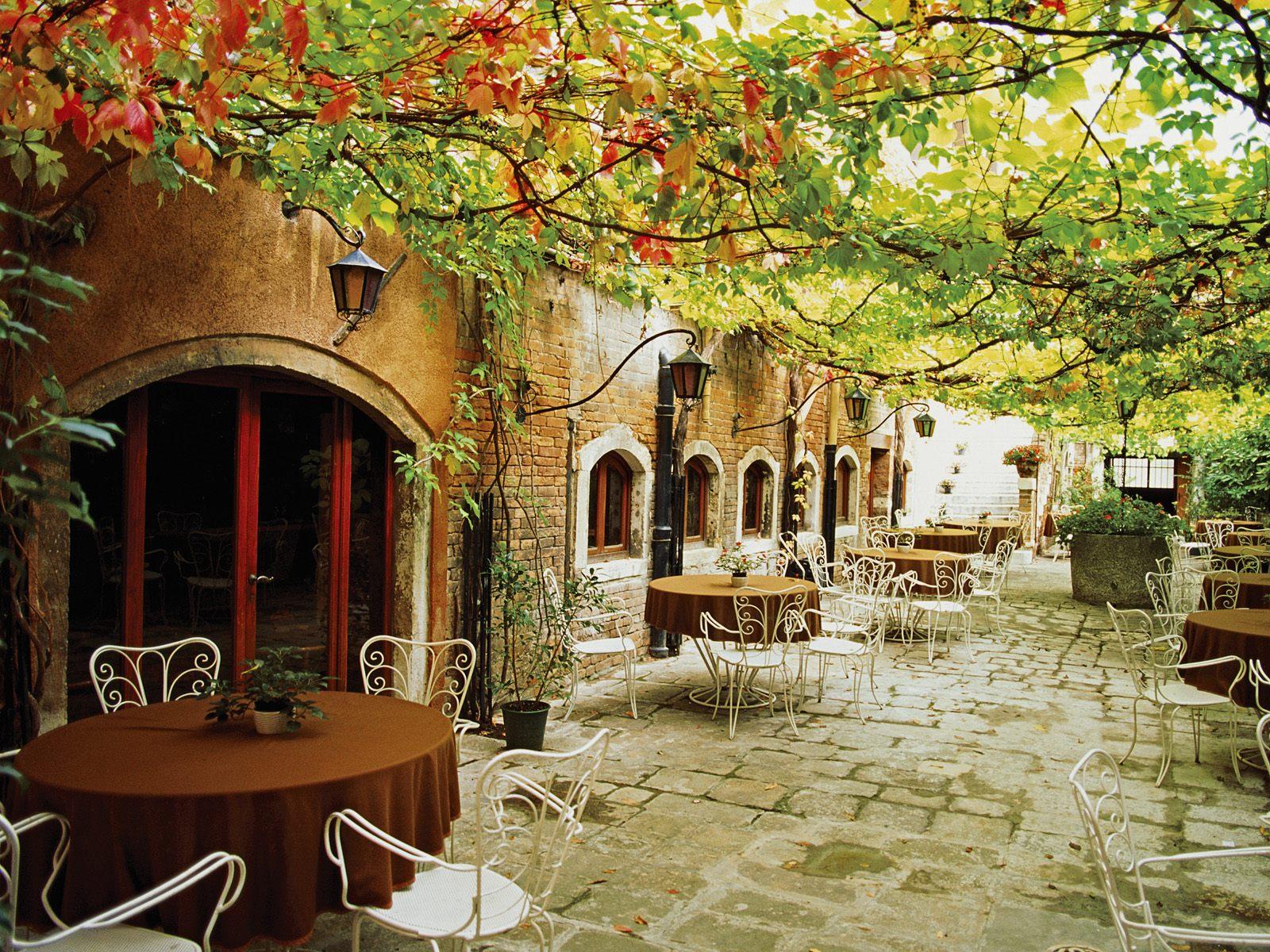 italy venice romantic place places italian dining italia amazing tuscany cafe alfresco restaurant beauty cities venezia venecia bing spot around