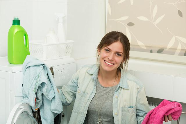 5 sfaturi pentru a spala corect si eficient hainele
