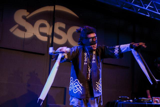 Yannick, o Afro Samurai ao vivo no Sesc Santana em São Paulo.