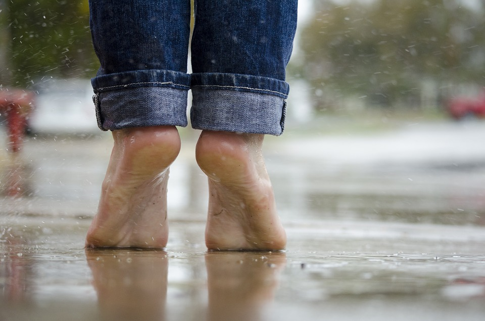 Cheap Remedies to Help Beautify Feet Barefoot Feet in the Rain Pixabay image