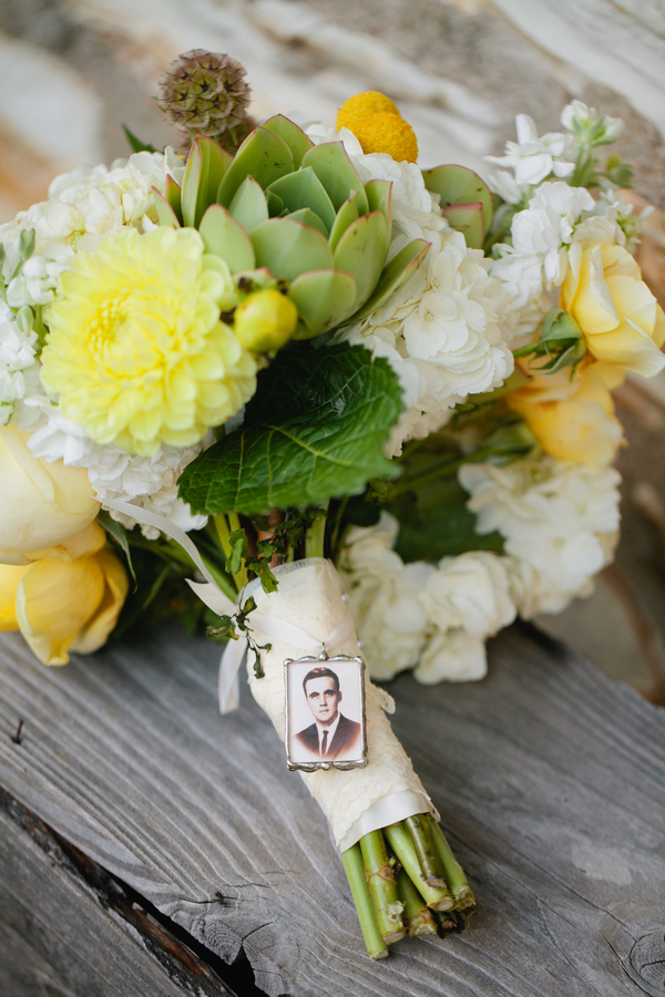 Bride+groom+vintage+tattoo+retro+yellow+white+modern+goth+gothic+succulent+bouquet+button+wedding+cake+theme+day+of+the+dead+grooms+cake+boho+chic+Mirelle+Carmichael+Photography+13 - Succulents & Cream