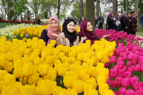 jamaah umroh plus turki tulip festival