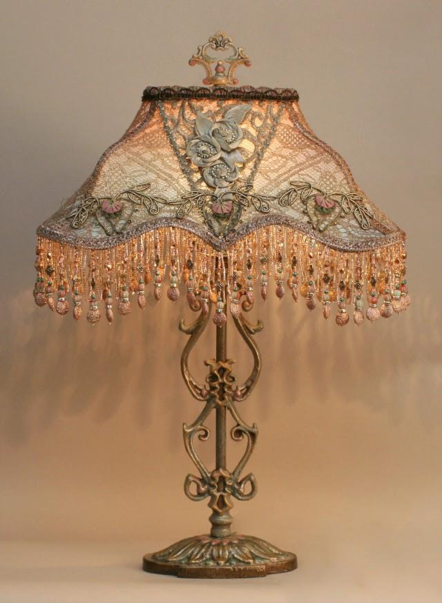 lace vintage lamp