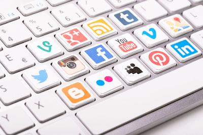 Proses Implementasi Sosial Media Marketing Untuk Mengembangkan Bisnis