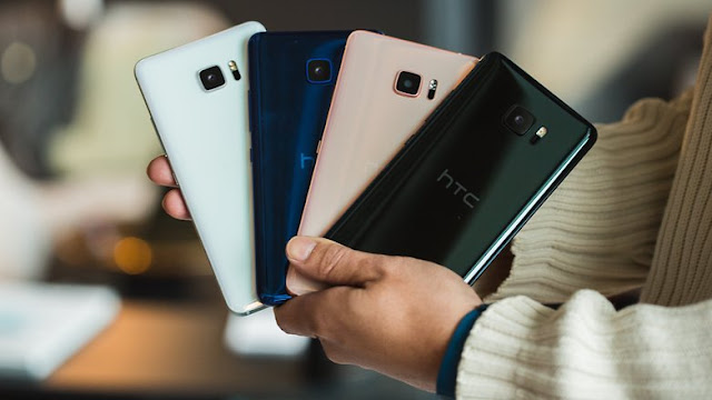 HTC U Ultra case also comes in colours such as white, black, blue and pink