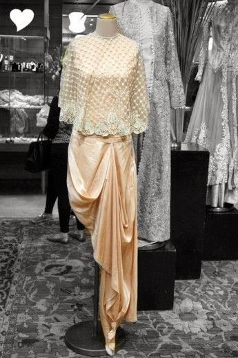 Anamika Khanna Couure design collection, anamika khanna collection, anamika khanna outfit