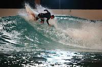 wavegarden cove night surfing 04 Joan