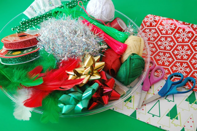 Christmas Cutting Tray for Preschool Fine Motor Scissor Skills