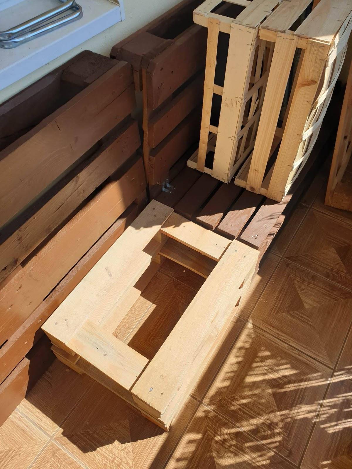 Pomysł Na Szycie Diy Na Balkonie Meble Z Palet I Poduszki