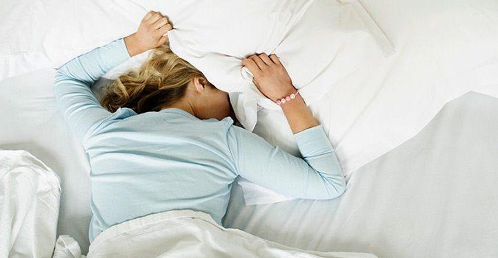 Women Need More Sleep Than Men According To An Expert