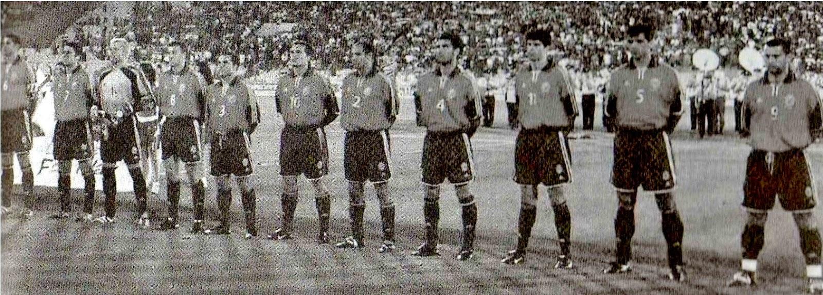 Hilo de la selección de España (selección española) Espa%25C3%25B1a%2B2001%2B06%2B06b