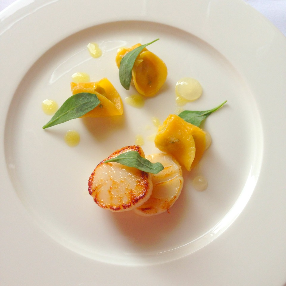 Crab Tortellini with Scallops & Lemon Dressing
