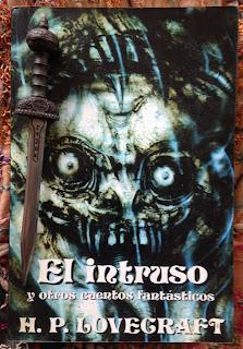 Portada del libro El intruso y otros relatos fantásticos, de H. P. Lovecraft