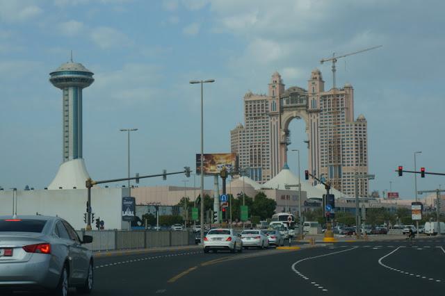 chegando em Marina Island, Abu Dhabi