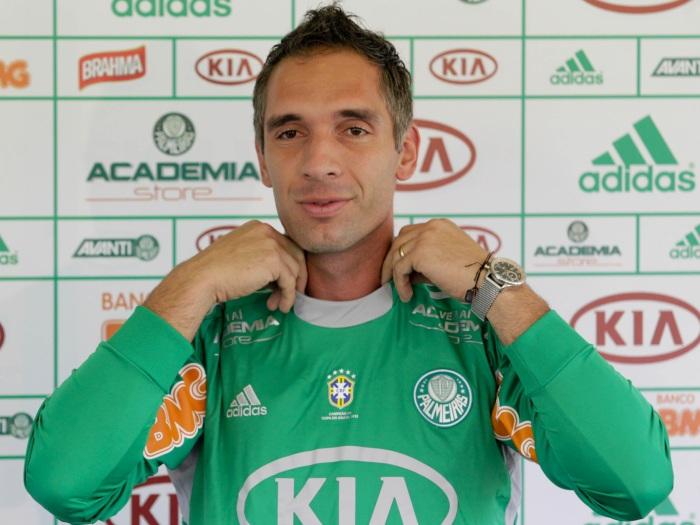 b5dfbbc2f0fdf Bem ou mal os clubes brasileiros estão se reforçando
