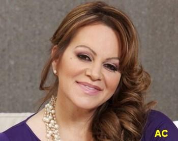 Muere cantante Jenni Rivera en accidente aéreo
