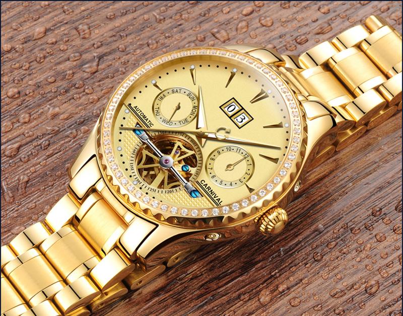 đồng hồ màu vàng