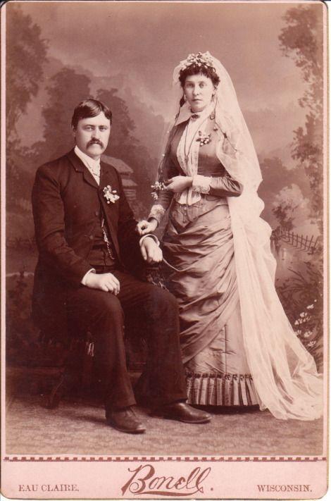 Robe de mariée victorienne