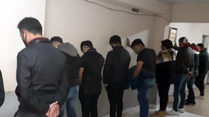 Desalojan una fiesta clandestina en Santiago del Estero: hay aprehendidos y secuestro de una escopeta