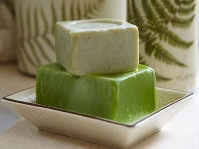 Πράσινο σαπούνι για τα μαλλιά!