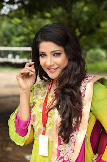 Actress Sakshi Agarwal Stills