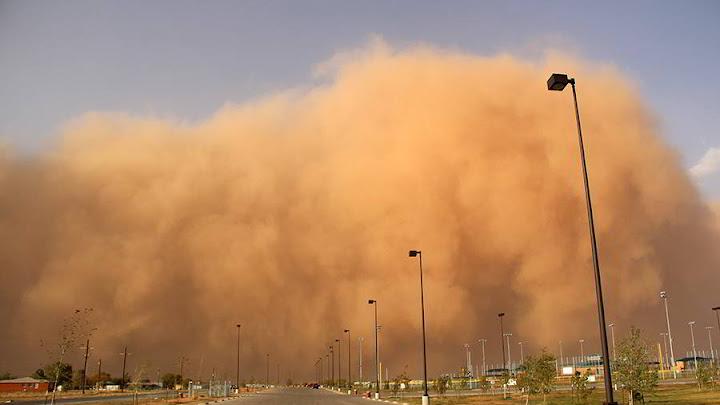 Tormenta de arena y vientos