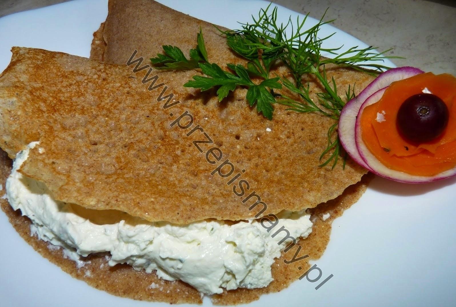 Naleśniki z mąki gryczanej z serem