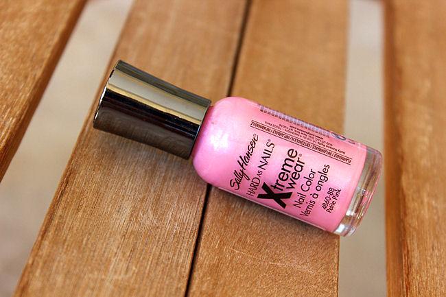 Sally Hansen Xtreme Wear lak za nokte u nijansi Petite pink