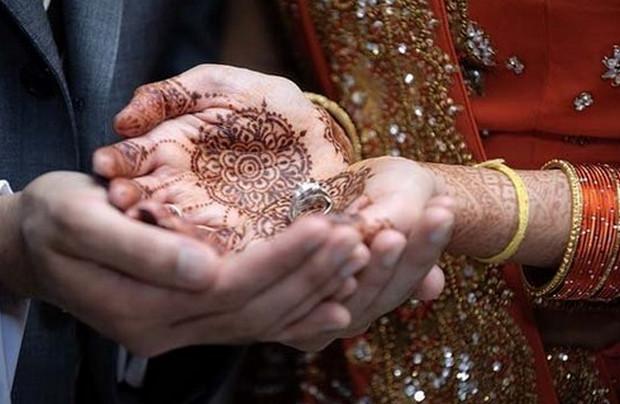 Indian Wedding Henna Tattoos: Henna Tattoos And Traditions Of Hindu Wedding