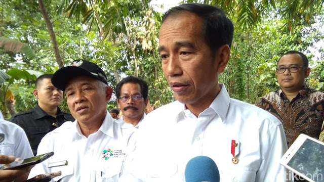 Dolar akan Turun Ketika Jokowi Lengser?