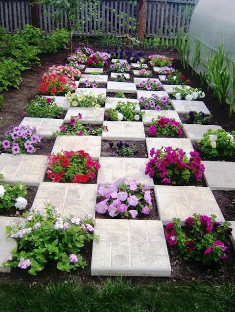 25 DIY Small Garden Ideas That Will Look Great in Your ...