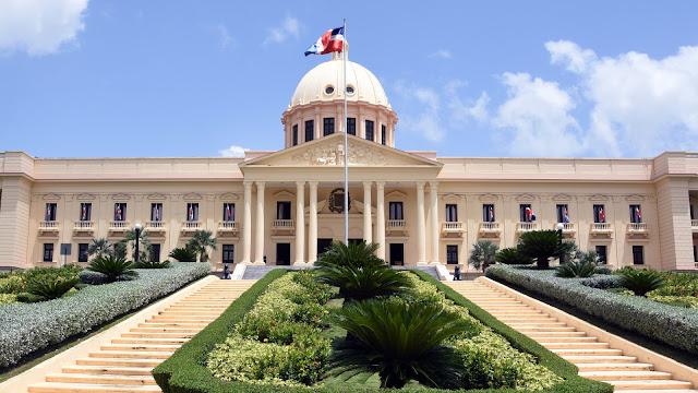 Gobierno sigue avanzando contra el lavado de activos con aprobación de dos reglamentos