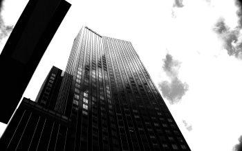 Wallpaper: Skyscraper from Rotterdam in black & white