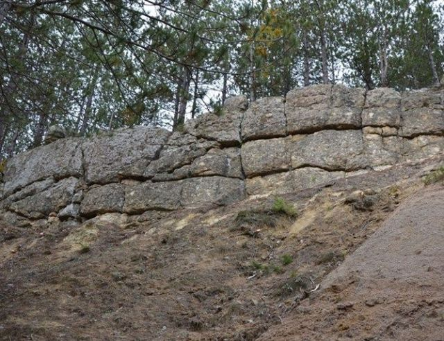 Mycenaean fortress 'discovered' near south Bulgarian town of Zlatograd