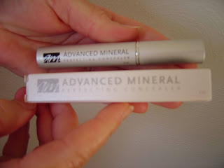 Advanced Mineral Makeup concealer.jpeg