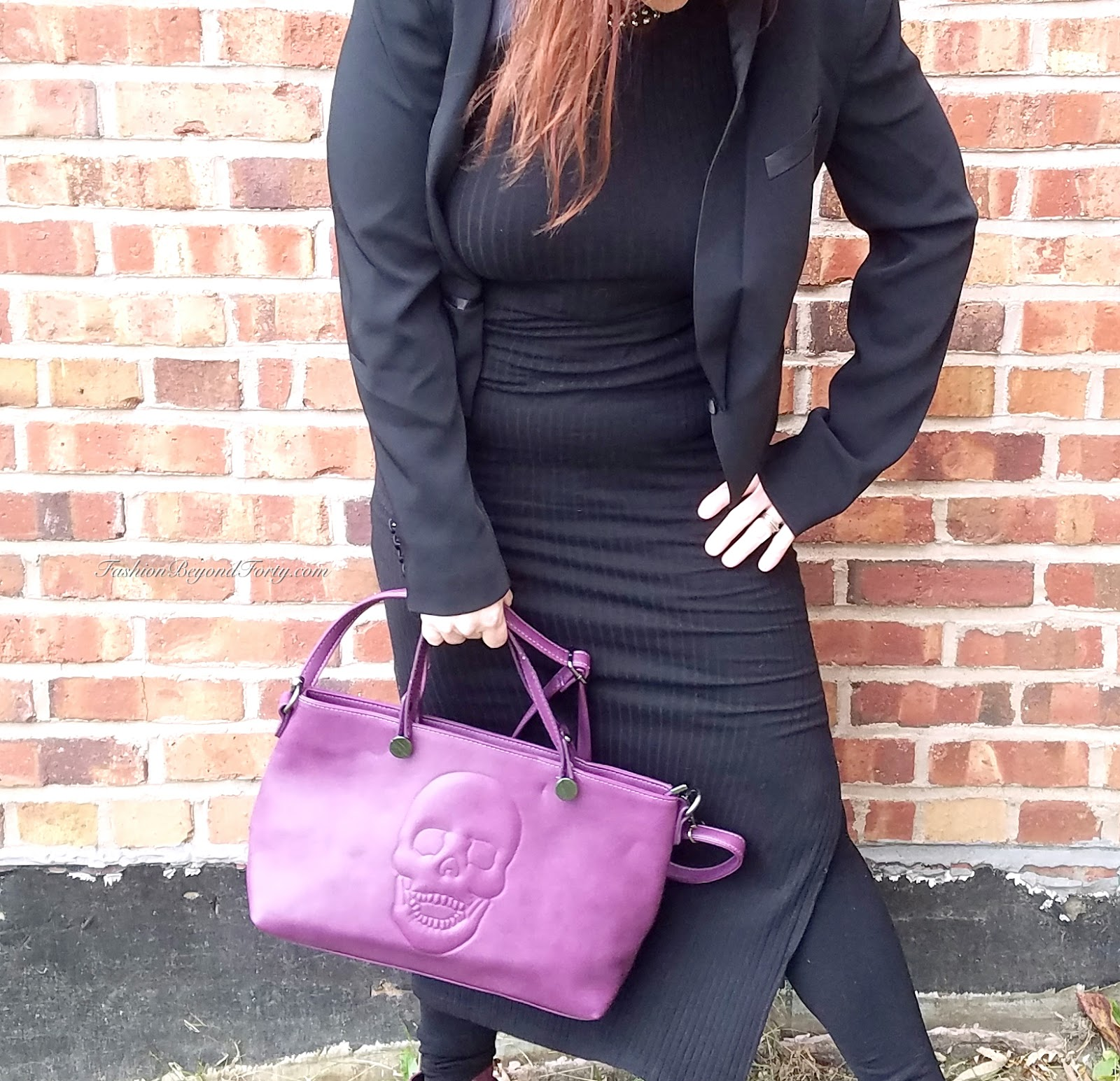 This Mechaly Women's Skully Plum Wine Vegan Leather Skull Handbag is everything ladies! Gorgeous hard to find color, and a true statement piece for your edgy holiday look!