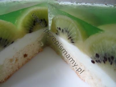 Ciasto z galaretką i kiwi