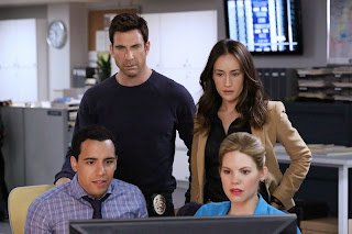 "Stalker - Season 01.Episode 01 ""Pilot"".Dylan McDermott as Detective Jack Larson, Maggie Q as Detective Beth Davis, Victor Rasuk as Detective Ben Caldwell, Mariana Klaveno as Detective Janice Lawrence..©2014 Warner Bros. Entertainment, Inc."