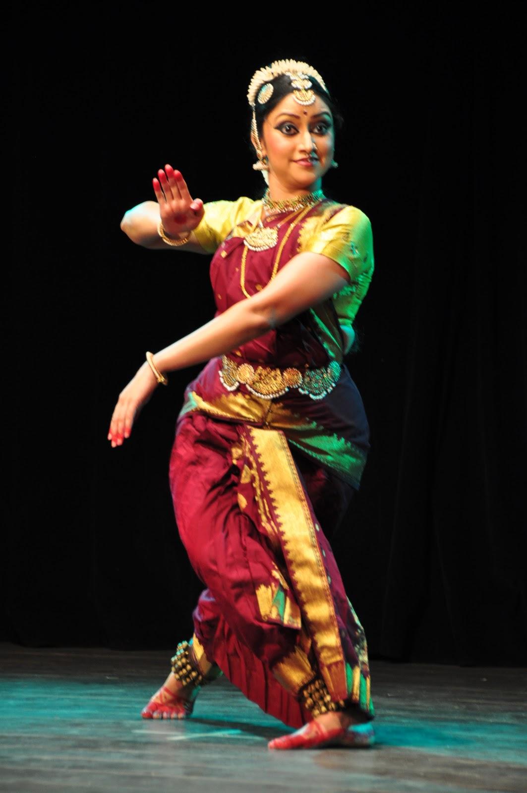 bharatanatyam poses - photo #4