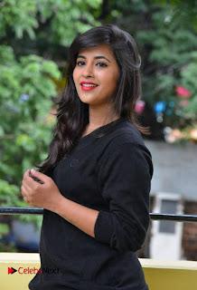 Komali Pictures in Jeans at Nenu Seethadevi Press Meet  0019.jpg