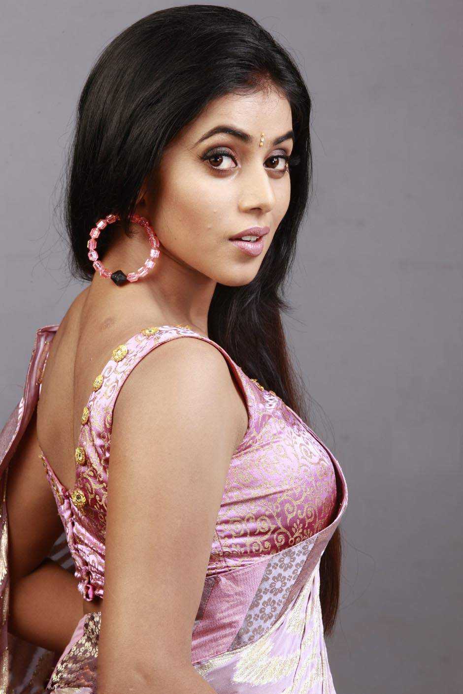 actress poorna tamil saree blouse spicy shoot related posts