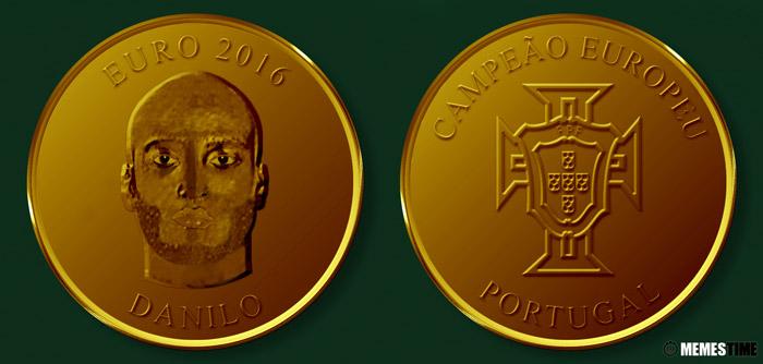 Meme com Medalha Comemorativa da Conquista do Euro 2016 pela Seleção Nacional de Portugal – Danilo