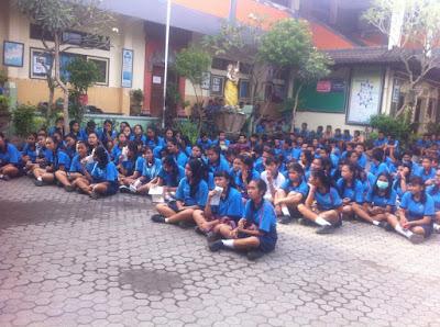 Kunjungan SMK TI Bali Global Denpasar ke SMP Widya Sakti Denpasar