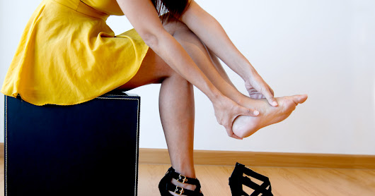 6 Home Remedies For Pain In Feet After Wearing Heels