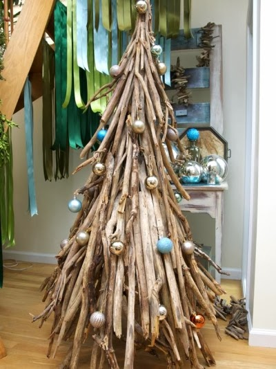 tall driftwood Christmas tree
