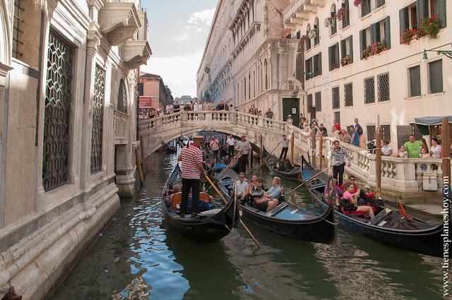 Venecia viaje góndolas canales visitar turismo diario